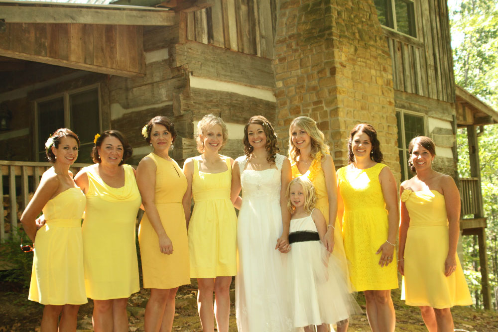 Bridesmaids-in-front-of-cabin